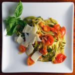 Low Carb Zucchini Spaghetti al Pomodoro